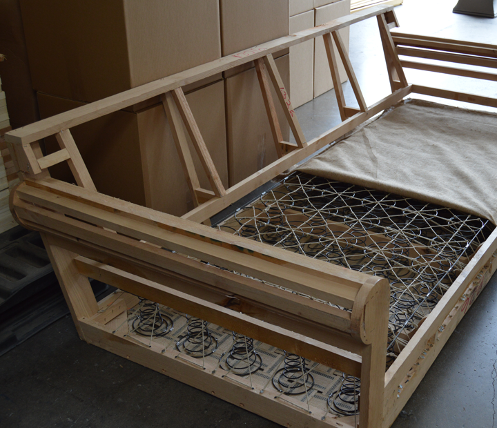 Kiln-dried Solid Hardwood Frame