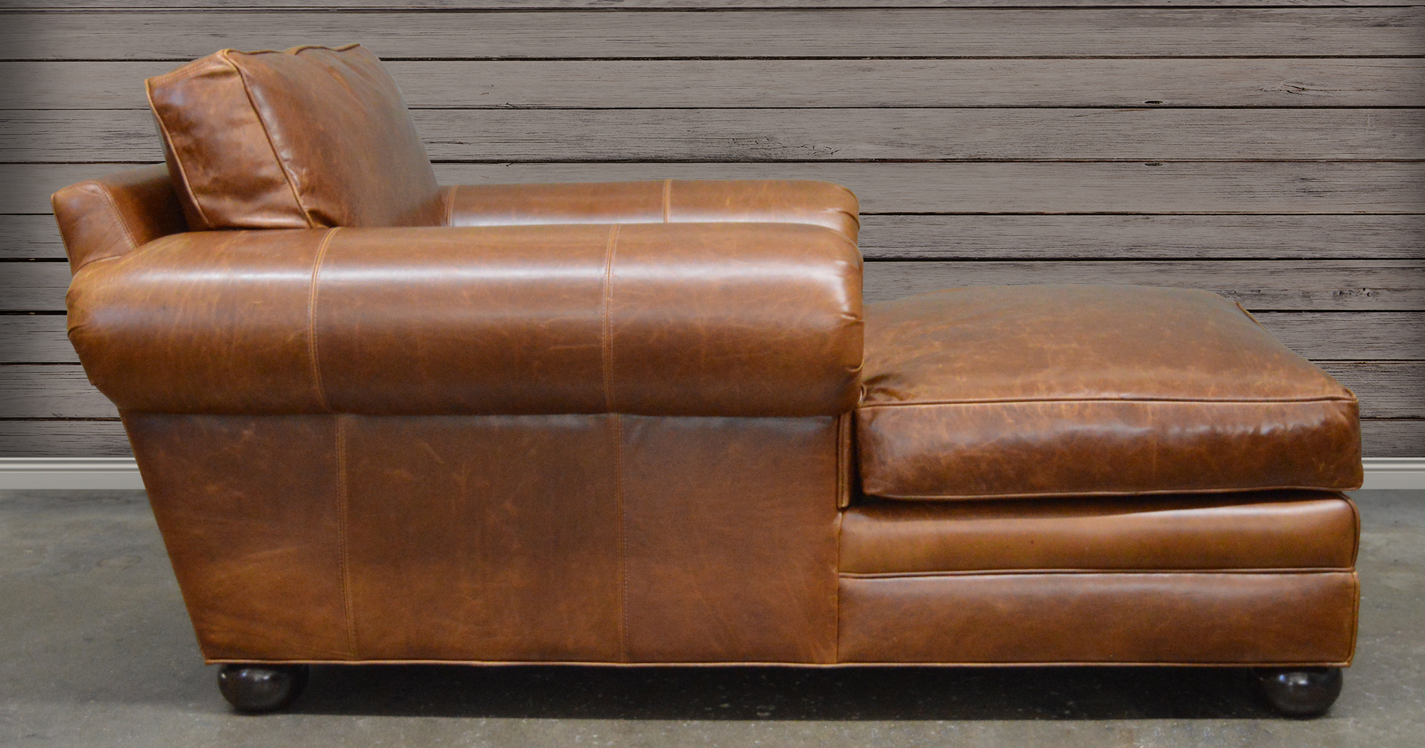Langston Leather Chaise in Italian Brompton Classic Vintage